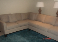 custom-sectional-show-legs