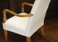custom-side-arm-chair-show-wood-velcro-closure