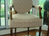 custom-side-chair-show-wood-velcro