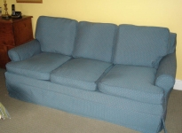 custom-sofa-self-piping-and-pleats-3