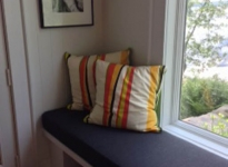 custom-window-bench-seat
