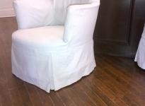 delicate-boudoir-chair